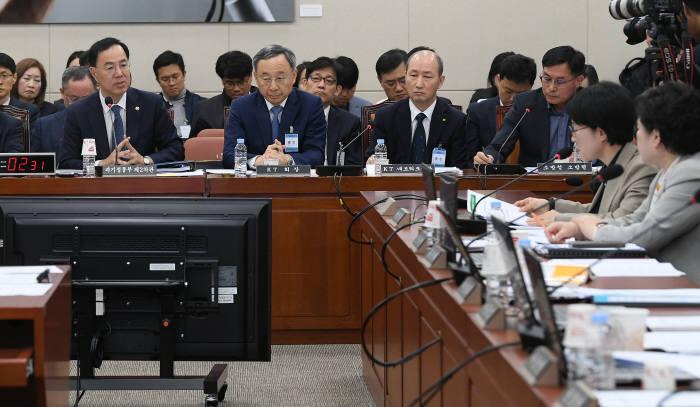 KT 청문회 증인신분된 민원기
