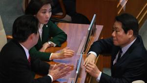 야당, 이미선 임명강행 반발…한국당 20일 광화문 장외투쟁 예고