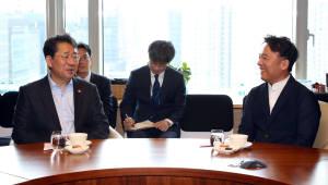 박양우 문체부 장관, 김택진 대표님 오랜만입니다