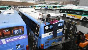 """국토부 """"버스 파업 참가 대부분이 이미 52시간 시행...제도 문제 아니야"""""""