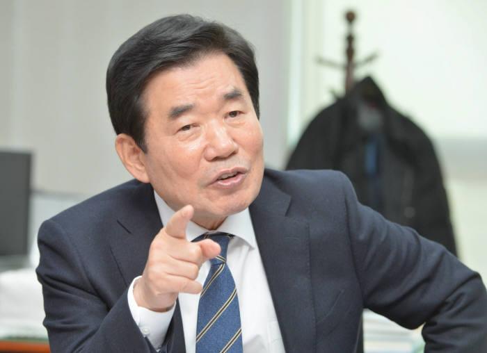 14년간 법적근거 없던 방과후학교...김진표, 법적근거 마련 개정안 발의