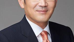 {htmlspecialchars(5G·AI 등 미래 사업 글로벌 경영 펼치는 이재용 부회장…日 양대 통신사 만나)}