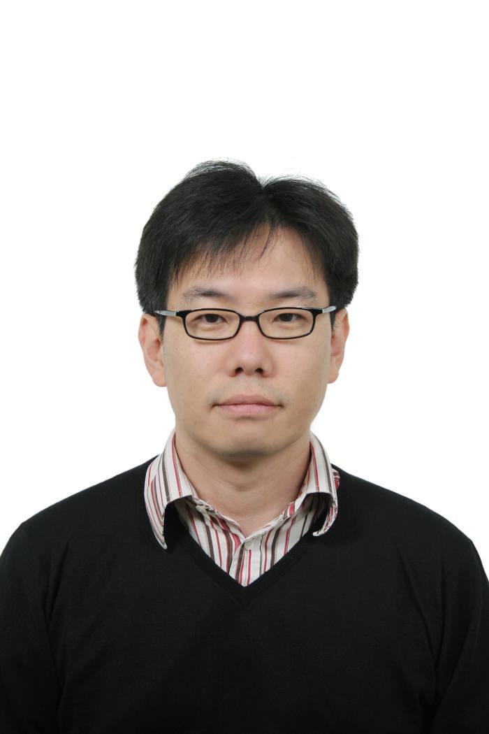 김지완 경기대 교수