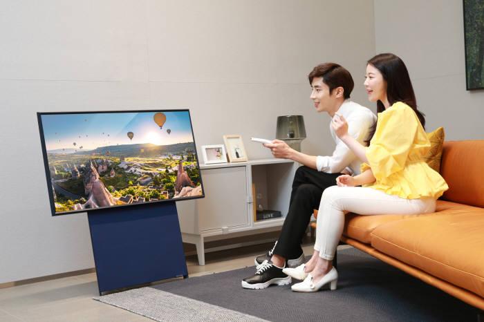 삼성전자 라이프스타일 TV 더 세로 온라인 사전판매 실시