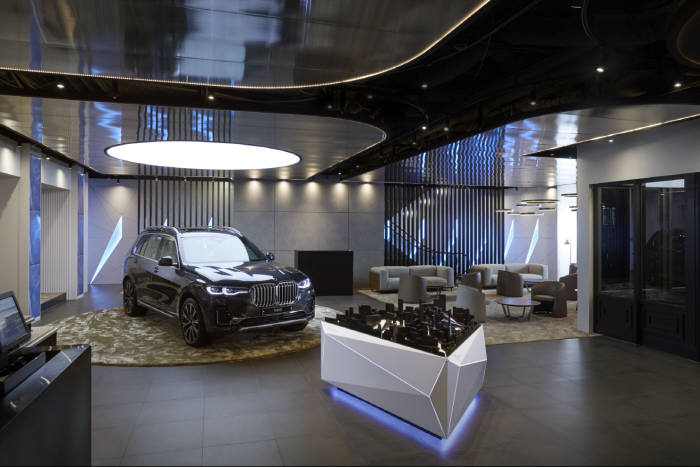 BMW그룹코리아가 서울 CGV 청담 씨네시티에 브랜드 전용관 BMW 시네마를 오픈했다.