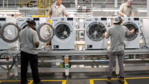 LG 세탁기, 미국 관세장벽 넘는다...테네시주에 1호 생활가전 공장 준공
