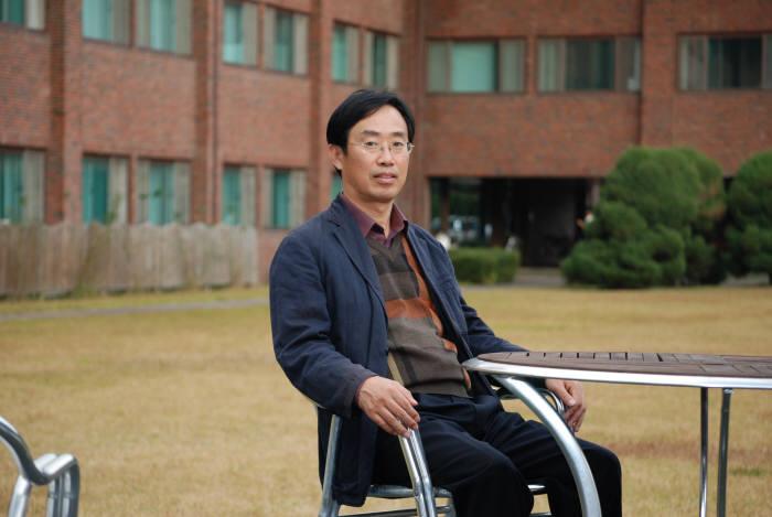 한동수 KAIST 교수