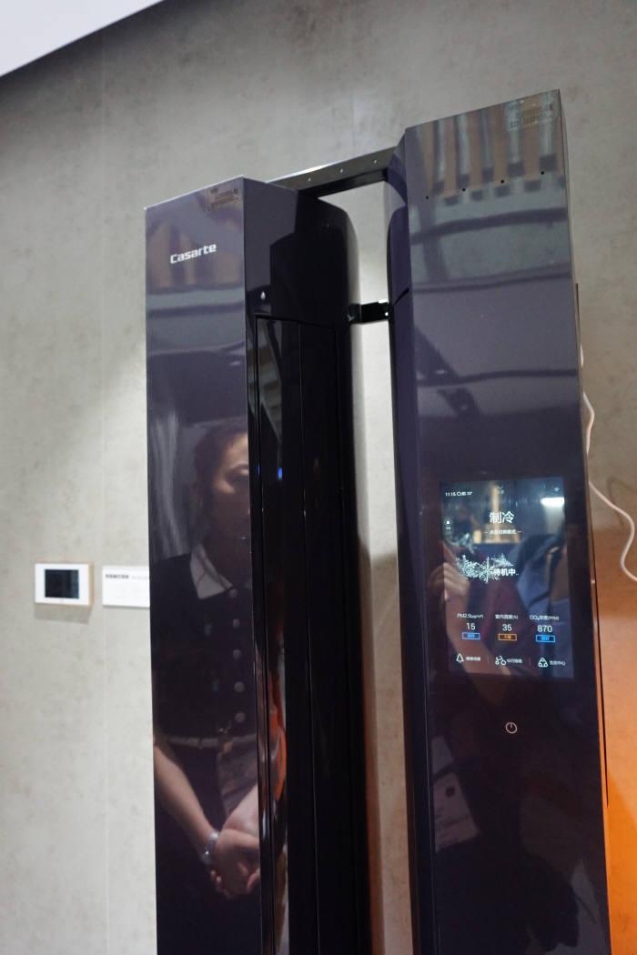 하이얼 LCD장착 에어컨 사진=전자신문