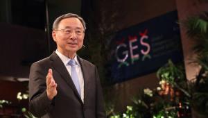 [기획]황창규 회장 글로벌 행보, 5G 리더십이 기반