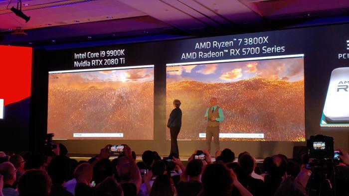 컴퓨텍스 첫 기조연설에 나선 리사 수 AMD 대표는 인텔 칩셋과 자사 칩셋 성능을 비교하는 공격적인 마케팅을 선보였다.
