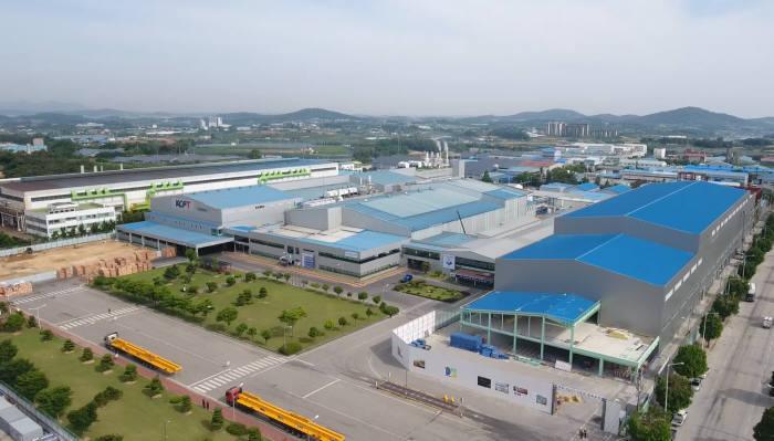 전북 정읍시에 위치한 KCFT 공장 전경(자료: KCFT)