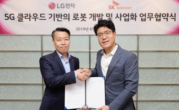 LG전자-SK텔레콤 5G-로봇 융복합기술 공동개발