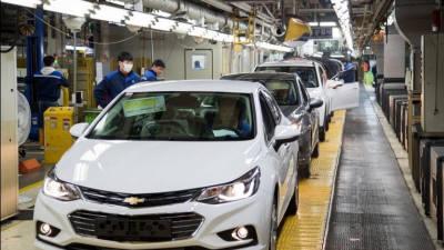 명신, 한국지엠 군산공장 인수 마무리…2021년 전기차 생산 목표