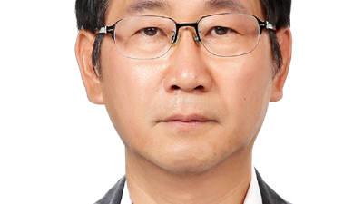 문 대통령, 홍보기획비서관 정구철·디지털소통센터장 강정수 임명