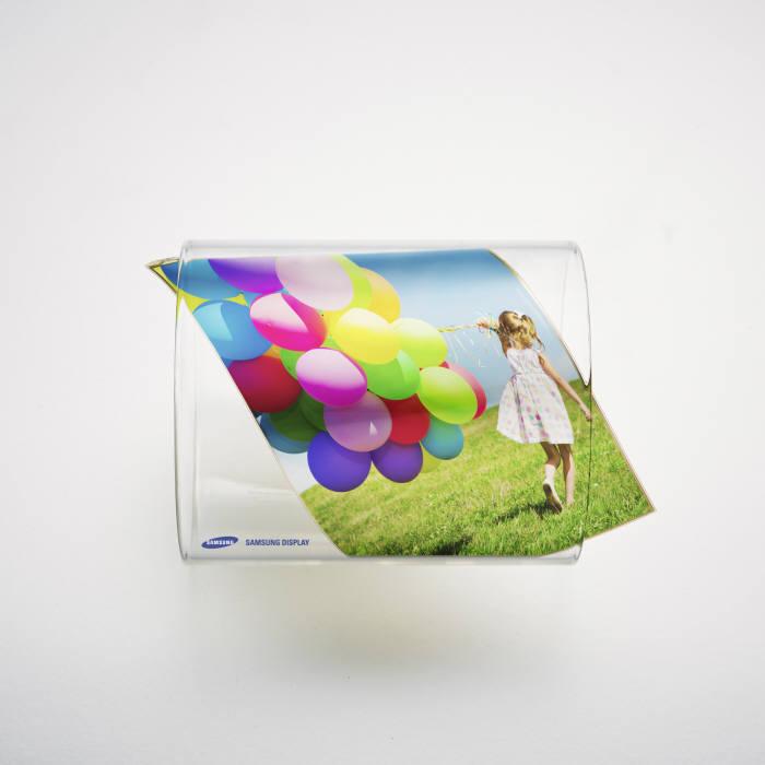 [이슈분석]플렉시블 OLED 핵심 부품도 日 의존 심각