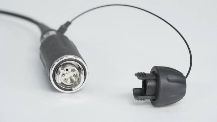 포스텍이 개발한 비접촉식 확장형 빔 커넥터.
