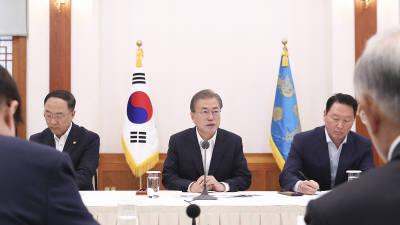 문 대통령-여야 5당대표와 18일 오후 회동.. 일본 대응 초당적 협력 논의