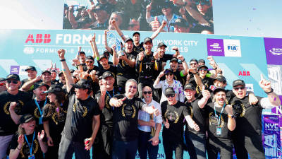 전기차 레이싱 포뮬러E, 올해 최종 우승자는 'DS 테치타'