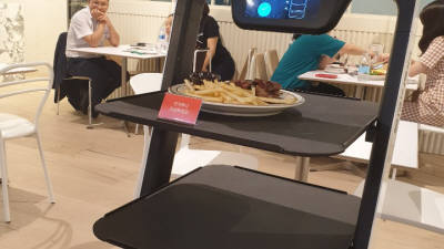 [르포]배민 미래식당 가보니…앱으로 주문·로봇이 서빙 '말이 필요 없네'