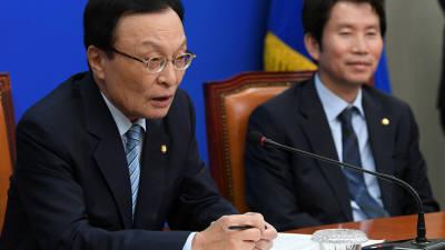 """이해찬 사케논란에 야당 """"이율배반·코미디"""" 민주 """"국산 청주"""""""