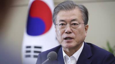 """문 대통령 """"日 조치, 매우 이율배반적""""…김상조, 대기업 만나 의견 공유"""