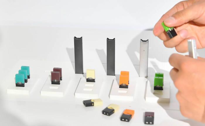 전자담배 쥴과 팟