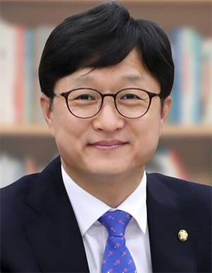 강병원 더불어민주당 국회의원. [자료:강병원 의원 블로그]