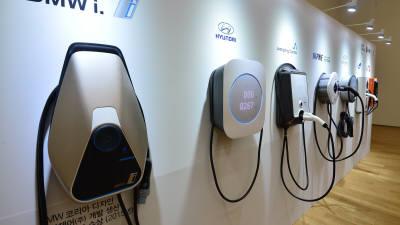 정부, 연말까지 전기차 충전기 2만4000대 보급...역대 최대 규모