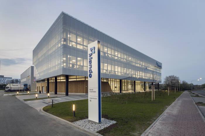 만도 유럽 R&D 센터 건물 전경.