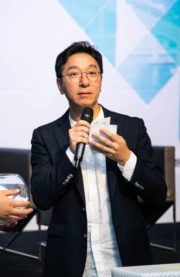김철민 비욘드엑스 대표의 활동 모습.