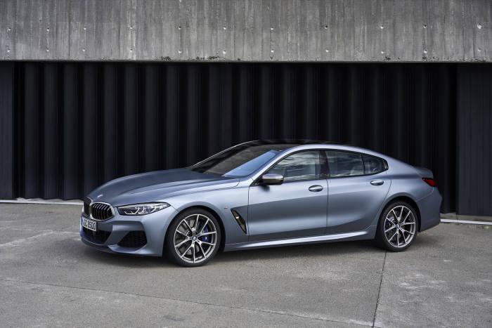 BMW 뉴 8시리즈.