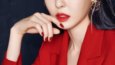 올리브영, 웨이크메이크 모델에 배우 이다희 발탁