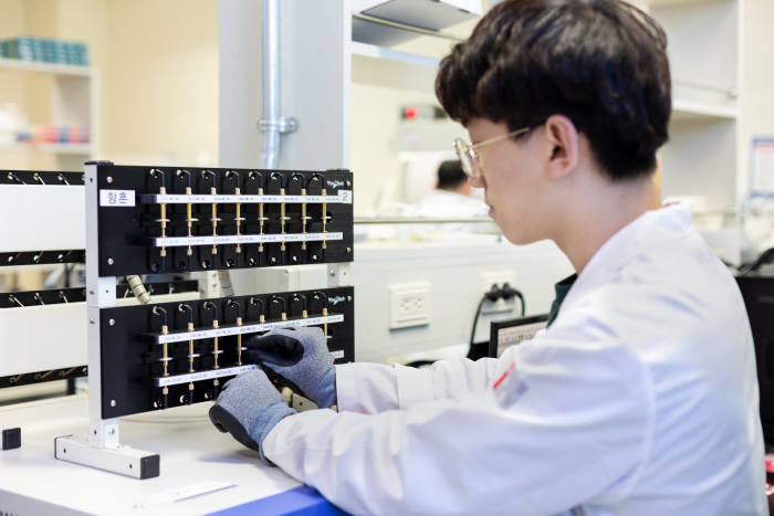 지스트는 4차 산업혁명 시대를 이끌어 나갈 연구 역량을 극대화해 세계적인 연구중심대학으로 성장할 수 있도록 노력한다는 방침이다.