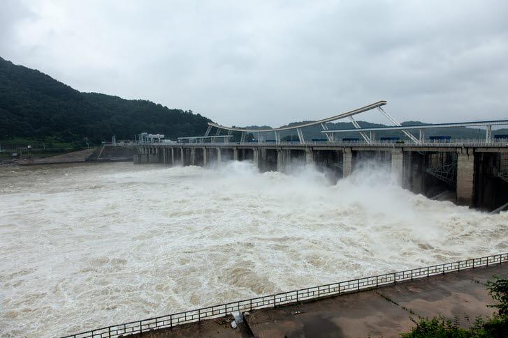 76년간 발전 용도로만 썼던 화천댐 가뭄·홍수조절로도 사용
