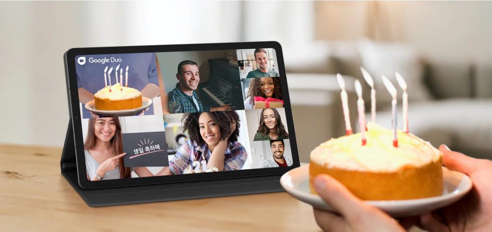 삼성전자는 구글과의 협업을 통해 구글 듀오 앱에서 최대 8명의 동시 화상채팅을 지원하고 있다. [사진=삼성전자]