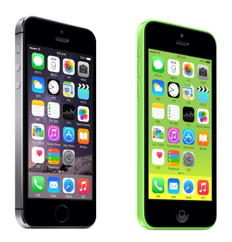 아이폰5S, 아이폰5C. <사진=애플 공식 홈페이지>