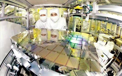 삼성디스플레이 5세대 LCD 장비일체 중국에 매각