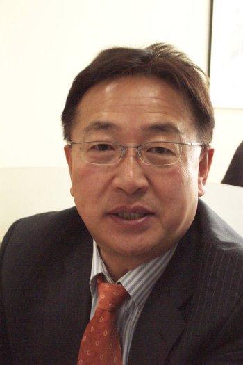 """박종오 마이크로의료로봇센터장은 """"우리나라가 기술경쟁력을 확보하고 있는 마이크로의료로봇을 한국특화전략산업으로 집중 육성해야 한다""""고 강조했다."""