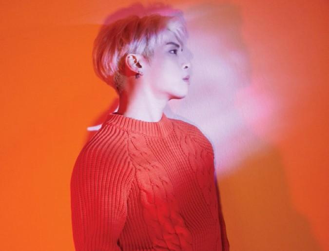 사진=故 종현의 유작인 `포에트 | 아티스트(Poet | Artist)` 가 23일 공개됐다.