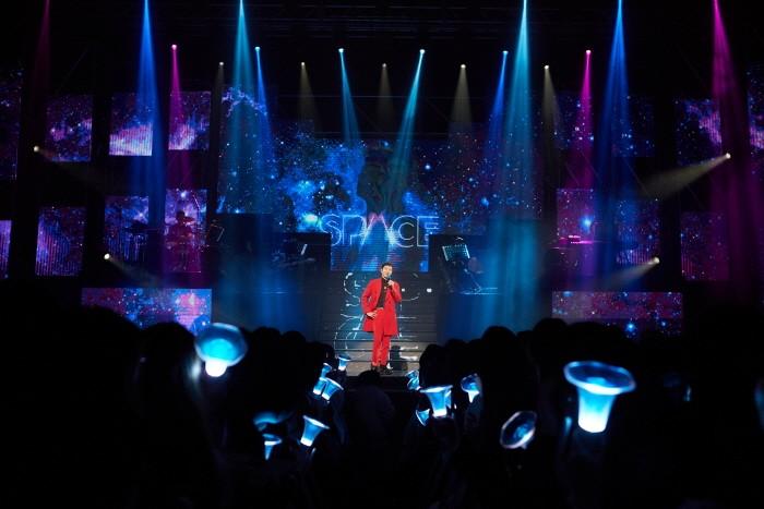4일 서울 광진구 예스24 라이브홀에서는 비투비 이창섭 솔로 단독콘서트 'SPACE' 1일차 공연이 개최됐다. (사진=큐브엔터테인먼트 제공)