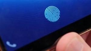 스마트폰 핵심 기능으로 자리 잡는 '디스플레이 지문인식'