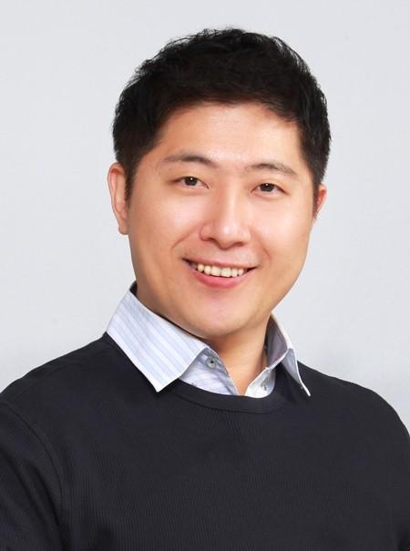 """박성준 미국 사바나예술대학 교수 """"가까운 미래, 멀티모달 AI 디바이스 출시"""""""