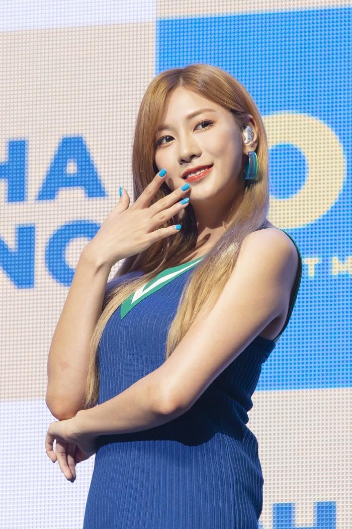 21일 서울 광진구 예스24 라이브홀에서는 에이핑크 오하영 첫 솔로앨범 'OH!' 발매기념 쇼케이스가 진행됐다. (사진=플레이엠엔터테인먼트 제공)