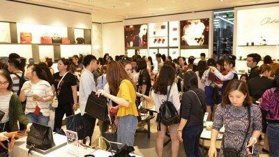 SBA, 베트남 빈컴백화점 입점상품 모집…15일限, 현지매장 입점 및 유통인허가 비용 지원