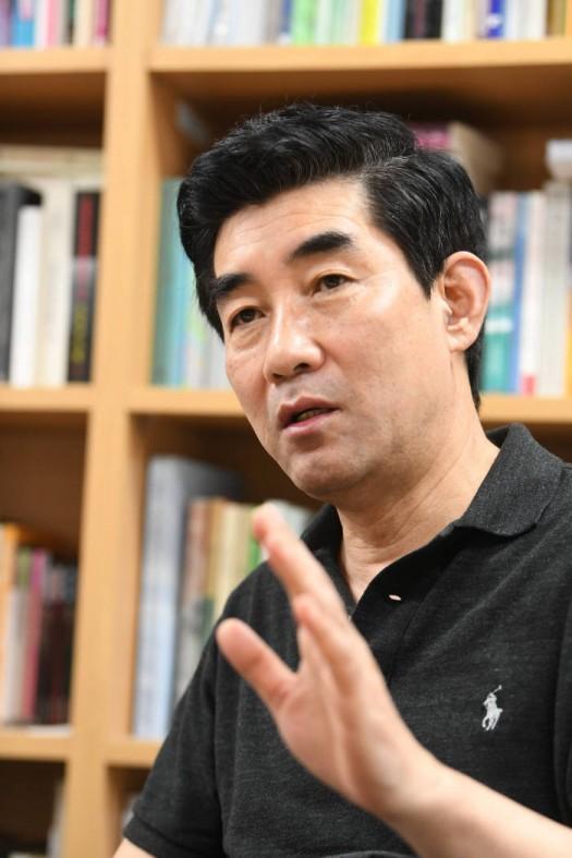 이재현 서울대 언론학과 교수