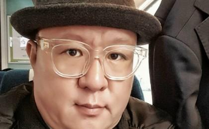 [ENT터뷰]박광수, '만화소년, 대중공감 행복에 새 펜 잡다'