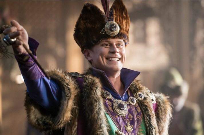 디즈니 실사 영화 '알라딘'이 스핀오프로 제작된다. 극중 캐릭터 안데르센 왕자를 주인공으로 하며 빌리 매그너슨이 주인공을 맡는다. 디즈니+에서 공개 될 예정이다. / 사진 = imdb