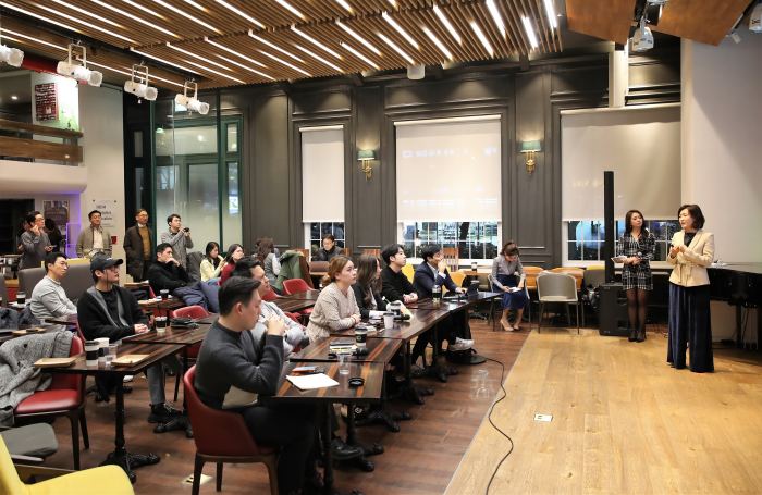 박보현 메디우스 대표가 트라이앵글 블록체인 시즌1 4회차 행사에서 프로젝트에 대해 설명하고 있다.