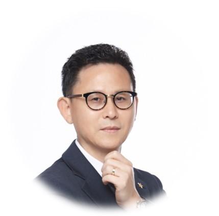 스타리치 어드바이져 기업 컨설팅 전문가 김춘수