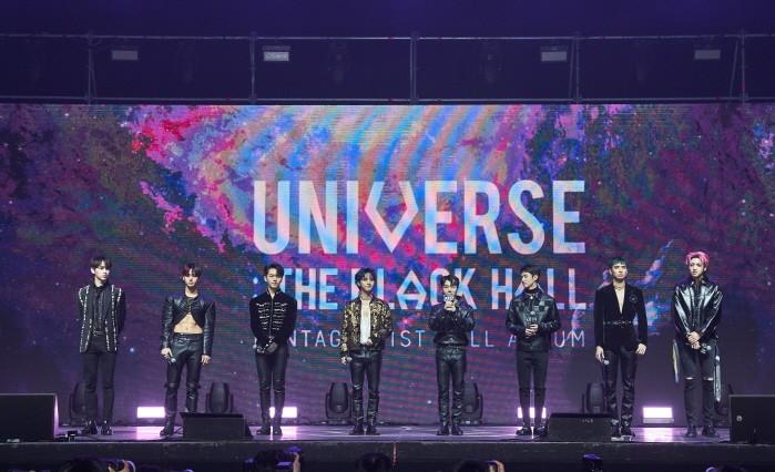 펜타곤이 3년4개월의 역작 'UNIVERSE : THE BLACK HALL'으로 날카로운 카리스마를 드러낸다. (사진=큐브엔터테인먼트 제공)